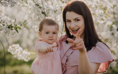 Sesja w sadzie na Dzień Matki